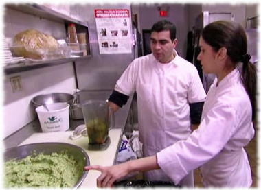 Chef Julieta showing a Fiesta Sunrise cook about how to make guacamole.